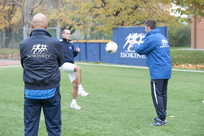 """Incontro con gli allenatori: il """"lunedì di Wembley"""" a Bologna!"""