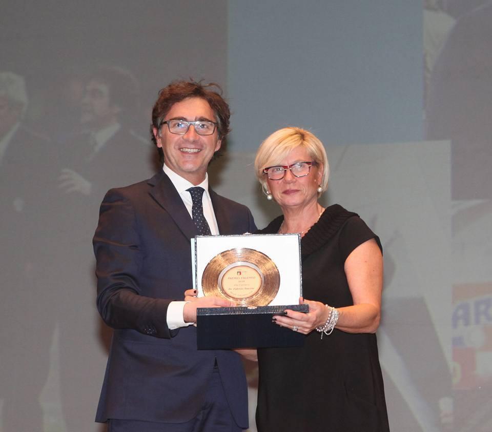 Dott. Tencone riceve il Premio Talento 2016 alla Carriera