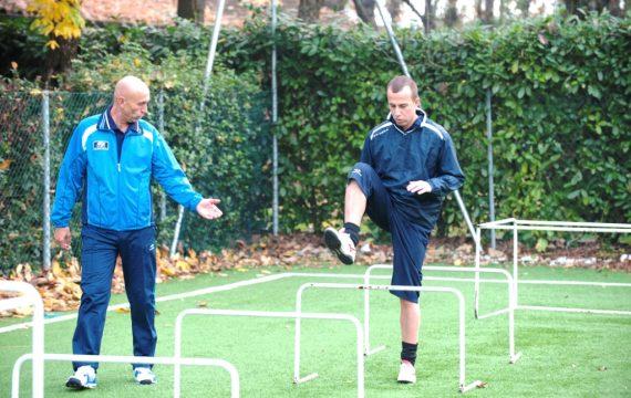 Riabilitazione Isokinetic sul campo sportivo -non solo per atleti- ritrova la fiducia nel tuo corpo